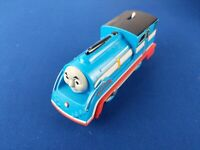 Trackmaster RACING THOMAS (2013) / Motorized Thomas plastic trains IMPERFECT