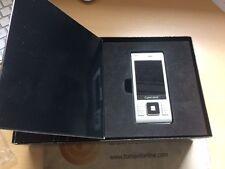 Sony Ericsson  Cyber-shot C905 . Color Plata. Para Piezas.En Caja con accesorios