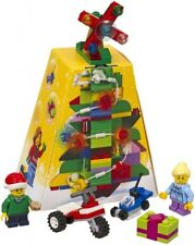 2017 LEGO SEASONAL CHRISTMAS ORNAMENT 5004934, NEW & SEALED