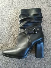 Guess Slouch Boots Size 6.5