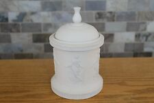 Limited Edition Wedgwood Noble Line Cream Jasper Ware Dancing Hours Bijoux Box