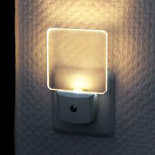 LED Nachtlicht Warmweiß Steckdose Kinder Dämmerungssensor Steckdosenlampe