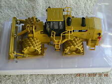 55165 Cat 825H Soil Compactor NEW IN BOX
