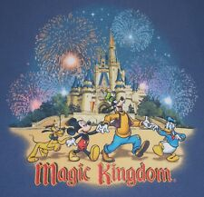 Magic Kingdom - Cinderella Castle / characters t-shirt - L - Walt Disney World