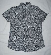 NEW - Women's Fashion Bug Leopard print button down top (S)