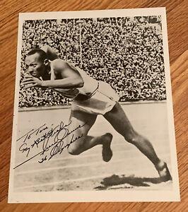 1936 Olympics Jesse Owens Signed 8 x 10 Photo JSA LOA Autograph Long Insxdiption