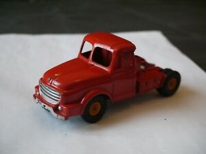 DINKY TOYS CAMION WILLEME FARDIER BOIS 1/43 (TRACTEUR SEUL)