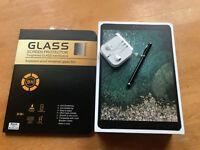 Apple iPad Pro 2nd Gen. 256GB, Wi-Fi, 10.5in - space gray - Plus extras MINT
