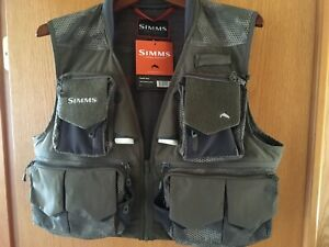 SIMMS Fishing Products Hex Camo Loden L Guide Vest