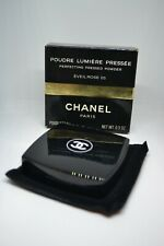 CHANEL PERFECTING PRESSED POWDER EVEIL ROSE 05