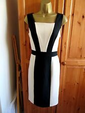 NEW WITH TAGS GORGEOUS CREAM/BLACK PENCIL DRESS BY PAPAYA UK-10 FULLY LINED