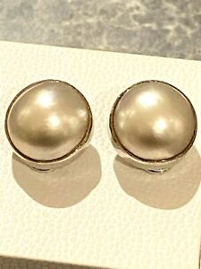 9CT WHITE GOLD MABE PEARL EARRINGS