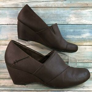 Natural Soul Womens Eccles Brown Slip On Dress Ankle Bootie Wedge Heel Size 8.5M
