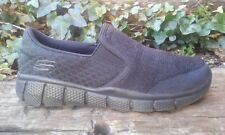 Womens Skechers Relaxed Fit Slip On Casual Walking Shoes Black Size 4.5 / 36.5