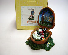 """MARURI USA, """"SKUNK BATH""""  IN A NUTSHELL, COLLECTIBLE,  NEW/Box Sold out Edition"""