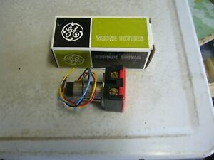 GE RR8 Remote Control Relay w/ Pilot Light  NEW / UNUSED! Original Box!