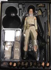 Hot Toys Star Wars Force Awakens 1/6 Rey Luke Skywalker VII Jedi Daisy Ridley NU