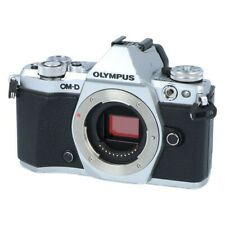 Olympus OM-D E-M5 Mark II Silber Gehäuse Messeware, kpl. geprüft #X24
