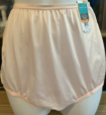 NWT VANITY FAIR PRETTY BLUSHING PINK  BRIEF PANTY SIZE 7