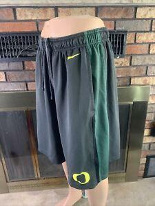 Vintage Team Nike Swoosh Oregon Ducks NCAA Basketball Shorts Mens Size XL  Vtg