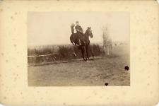 Sport Équestre, Entraînement Militaire saut à cheval, ca.1900, Vintage citrate p