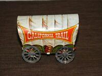 "VINTGE GOLD RUSH 4 1/2"" LONG US METAL TOY TIN CALIFORNIA TRAIL TIN COVERED WAGON"