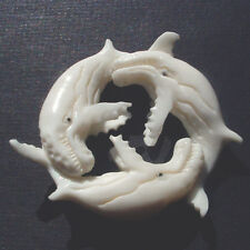 Pendant Pb072 bone playing sperm whales humpback killer hand carved organic fish