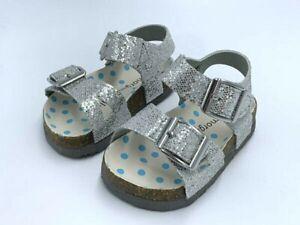 NEW Morgan & Milo Toddler Girls 8 Silver Sparkle Bayou Footbed Sandals RUN SMALL