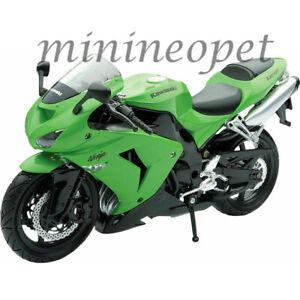 NEW RAY 42443 A 2006 KAWASAKI ZX-10R NINJA SPORT BIKE MOTORCYCLE 1/12 GREEN