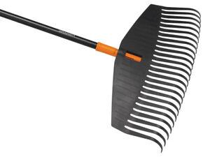 Fiskars Solid™ Leaf Rake - Large 1003465