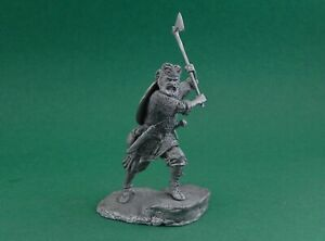 Tin toy soldier Viking warrior in battle. Metall sculpture 54 mm
