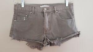 STÜSSY Ladies Designer Grey Frayed Hot Pants Cut Off Shorts size 10 NWOT