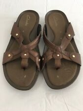 CLARKS Women's Slip - On Toe Thong Bronze Sandals Tag Sz. 7 85795 Leather Uppers