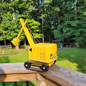 Pressed Steel NICE!!! Vtg Yellow Structo Toys Steam Shovel Construction Co Crane