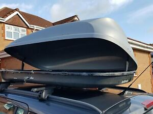 Halfords Full-Width, Lockable Roof Box c/w Keys and Mounting Bars (320 litre)