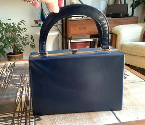 VINTAGE 60s PROVA NAVY BLUE SOLID BOX BAG HANDBAG CASE RED LINING MOD