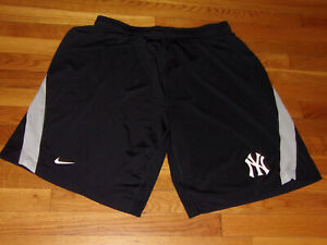 NIKE DRI-FIT NEW YORK YANKEES BASEBALL ATHLETIC SHORTS MENS 3XL EXCELLENT COND.