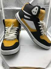 Urban ID Skate Shoes Size 9, Black And Gold