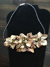 WOMENS NECKLACE JEWELRY SHELL PETALS  BEAD FLOWER DESIGN NEW W/TAGS FROM USA