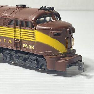 AHM Tempo #9506 HO Scale FM C-Liner Diesel Engine Pennsylvania Railroad