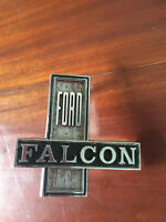Vintage Ford XW, XT Front Grille Badge Old Car Parts