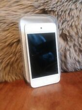 Ipod Touch 3rd Generation 8 GB