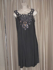 Size M NIC and COM Gray Sequinned Above Knee Cocktail Party Sleeveless Dress