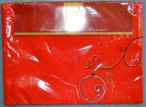 Lenox Simply Fine Holiday Voila Table Runner NEW
