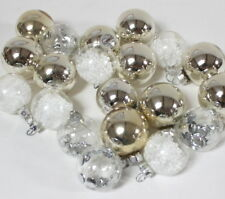 20 Boules de Noël en verre agent et blanc anciennes et récentes