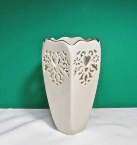 "LENOX ETERNAL HEARTS VASE 7"" Cream Pierced Design GOLD TRIM Giftware USA"