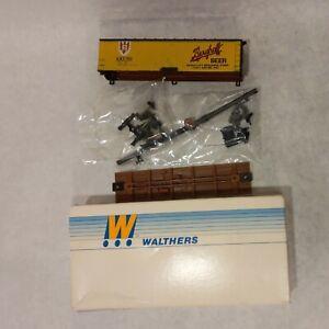 INCOMPLETE Walthers HO Kit Berghoff Beer 40 Ft. Refrigerator Reefer Car #702