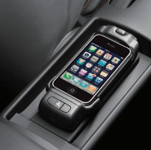 Audi 8T0 051 435 J Ladeschale / Handyhalter Mittelkonsole für Blackberry 9700
