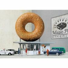 Walthers Cornerstone 933-3835 - Hole-In-One Donut Shop   - N Scale