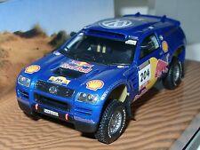 Minichamps VW RACE TOUAREG, piccolo Schmidt/Pons, #204, Red Bull - 1/43